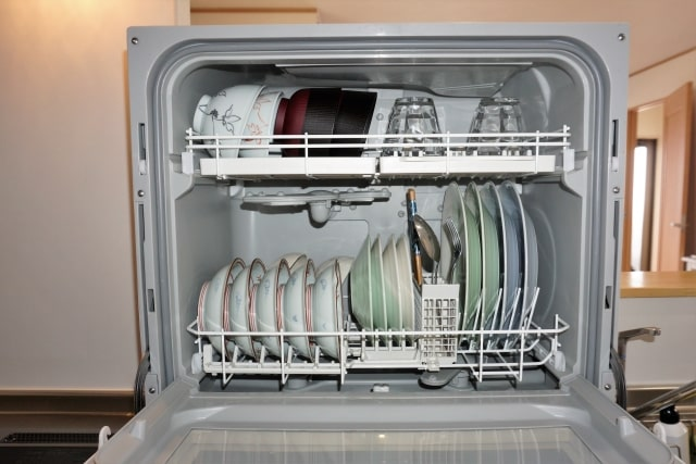 食器洗い機には詰めすぎ注意