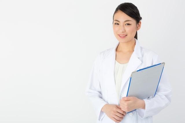 温水洗浄便座症候群を説明する女医