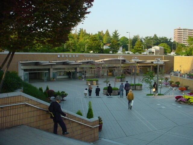 鶴見緑地駅の基本情報